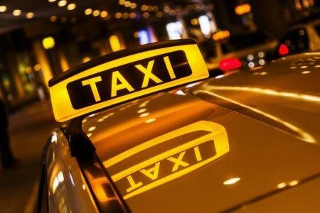 Portofel cu aproape 2.000 de euro, gasit pe <span style='background:#EDF514'>BANCHET</span>a unui taxi din Focsani. Ce a facut soferul