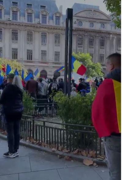 Protest AUR in Piata Universitatii impotriva Guvernului si a certificatului verde