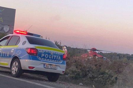 Prahova: <span style='background:#EDF514'>MOTOC</span>iclist ranit grav intr-un accident pe DN 1. A fost solicitat un elicopter SMURD