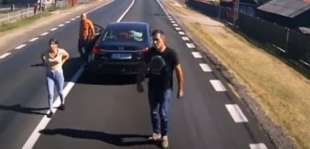 Cum a fost pus la punct un sofer cu tupeu care a franat brusc, fara motiv, in fata unui camion VIDEO