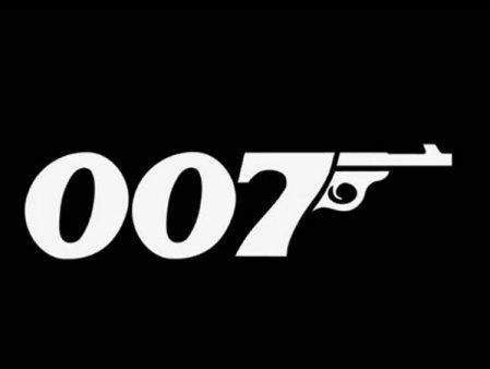 James Bond este una dintre <span style='background:#EDF514'>FRANCIZE</span>le cinematografice cu cele mai mari incasari din istorie