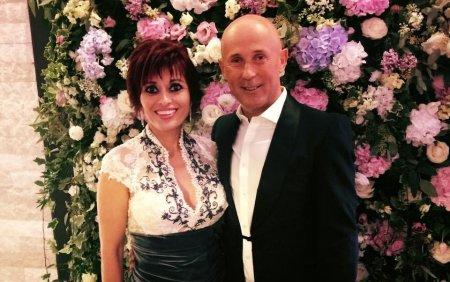 Cine este si cu ce se ocupa sotia lui <span style='background:#EDF514'>MUGUR MIHAESCU</span>. Rodica si actorul de la Vacanta mare sunt impreuna de 25 de ani
