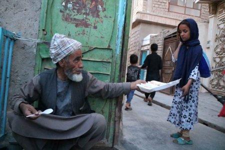 Afganistan, in pragul colapsului socio-economic. Avertismentul sefului <span style='background:#EDF514'>DIPLOMATIE</span>i europene