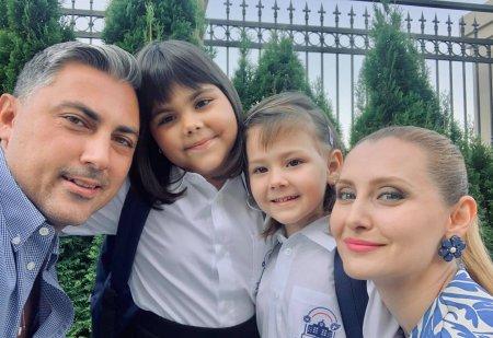 Cati bani platesc Alina Sorescu si Alexandru Ciucu pentru scoala fetelor. Fiicele cuplului invata la privat