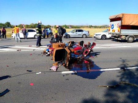 <span style='background:#EDF514'>MOTOC</span>iclist bulgar, ranit intr-un accident rutier pe DN5