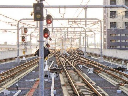 Revoltator: Romania a luat 800 mil. euro de la UE pentru studii de fezabilitate si nu a construit niciun kilometru nou de cale ferata