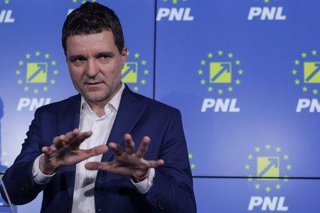 Echipa castigatoare de la PNL il cheama la raport pe Nicusor Dan: Nu mai poate sa continue asa! Sau poate, dar fara PNL
