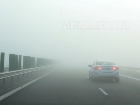 METEO. Cod galben de ceata in 6 judete. Vizibilitate sub 50 de metri pe Autostrada Soarelui