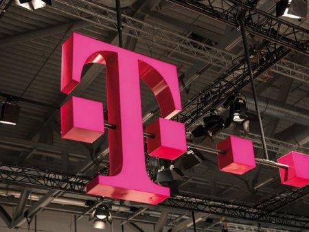 Telekom Mobil si-a definitivat echipa de management dupa separarea de divizia fixa. Odata cu finalizarea vanzarii catre Orange, grecii de la OTE pot incepe sa distribuie primele de succes