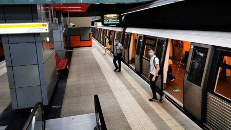 Metrorex vrea sa faca economie. Calatorii si angajatii vor fi cei afectati, dar nu si sefii