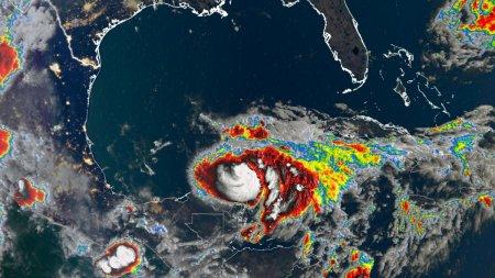 Imagini in premiera din interiorul unui uragan (VIDEO)