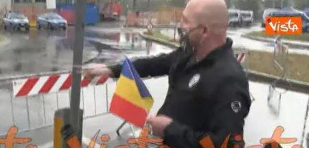 Cine este <span style='background:#EDF514'>ROMANUL</span> care a dus tricolorul la locul mortii milionarului Dan Petrescu VIDEO