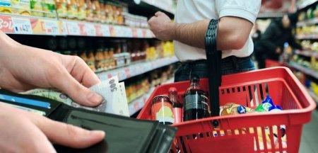 Venitul mediu lunar pe gospodarie este de5.573 lei, din care 94,2% sunt cheltuieli de consum, taxe si impozite