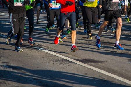 Maratonul Bucuresti: Doar <span style='background:#EDF514'>ALERGAT</span>orii vaccinati impotriva Covid sau trecuti prin boala vor putea participa