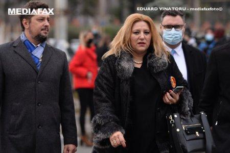 Liberalul Alexandru <span style='background:#EDF514'>MURARU</span> depune plangere penala pe numele senatorului AUR, Claudiu Tarziu, dupa ce acesta l-ar fi amenitat cu moartea de la tribuna Parlamentului