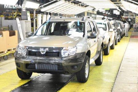 Pandemia a pus Dacia pe <span style='background:#EDF514'>BUTUC</span>i in Marea Britanie. Scaderi mari ale vanzarilor pentru marca romaneasca