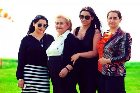 Motivul pentru care fiicele lui Gabi Lunca nu au facut parastas la 6 luni de la moartea artistei