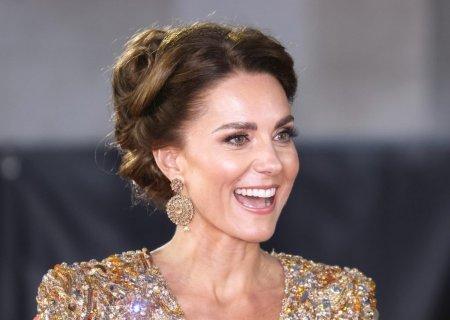 Cum arata rochia de 90 de lei purtata de <span style='background:#EDF514'>KATE</span> Middleton. Ducesa de Cambridge a atras toate privirile la un eveniment