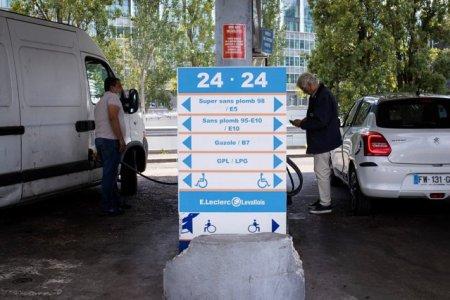 Guvernul Frantei ar putea acorda subventii pentru compensarea majorarii preturilor la carburanti