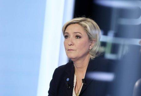 Surpriza in Franta. Sondaj: Marine Le Pen nu ar intra in turul doi. Crestere fara precedent a unui candidat