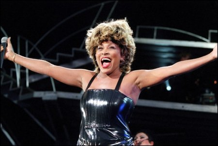 Aici s-a ajuns: Tina Turner si-a vandut drepturile de autor