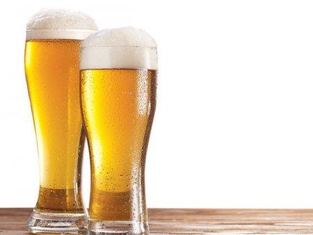 AB InBev ar putea vinde o parte din <span style='background:#EDF514'>MARCI</span>le germane de bere pentru 1 miliard de euro