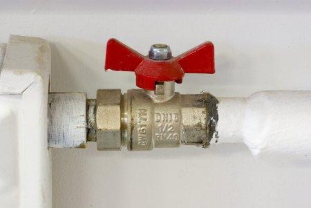 Bucurestenii vor avea apa calda! Termoenergetica incepe probele la cald, dupa ce vremea s-a mentinut rece