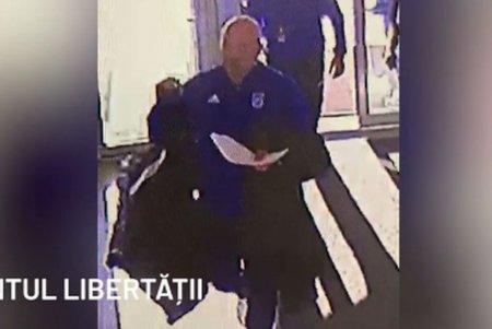 Imagini incredibile de pe camerele de supraveghere! Cine a introdus geanta cu bate in stadion la FCU Craiova - CSU Craiova