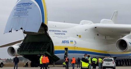 Gigantul cerului a aterizat in Romania. Este cel mai mare avion din lume VIDEO