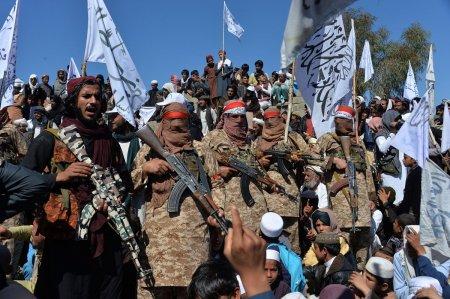 Rusia invita talibanii la Moscova pentru o reuniune internationala privind Afganistan