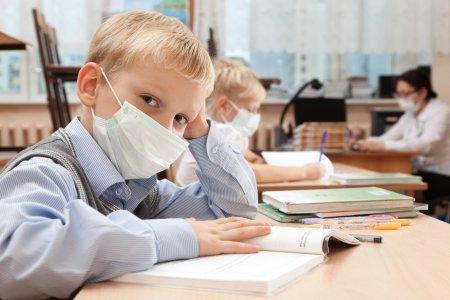 Vesti bune de la Ministerul Educatiei! Numarul elevilor care vor beneficia de burse scolare este in crestere