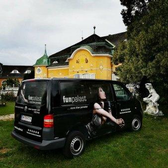 O casa de toleranta din Austria, autorizata sa vaccineze anti-Covid. Ce bonus primesc persoanele imunizate