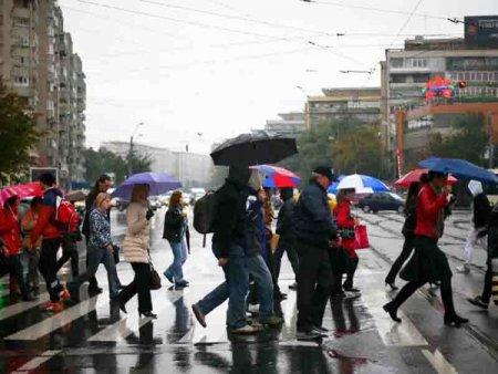 Meteorologii anunta vreme rea in Capitala: Sunt asteptate ploi, iar vantul va sufla moderat