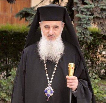 Preasfintitul Vasile Somesanul, fost episcop vicar al <span style='background:#EDF514'>ARHIEPISCOP</span>iei Clujului, a murit la 72 de ani