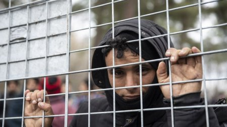 Belarus a speriat Uniunea Europeana. Aproape jumatate din statele membre cer bani de la Bruxelles pentru garduri anti-migranti