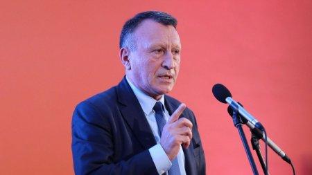 Paul Stanescu: Iohannis este obligat sa puna umarul la declansarea alegerilor anticipate, altfel va deveni gro<span style='background:#EDF514'>PARUL</span> Romaniei
