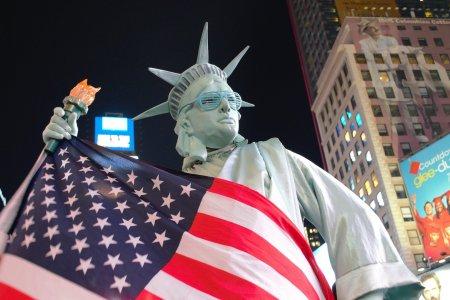 Economia SUA a creat in septembrie un numar de <span style='background:#EDF514'>LOCURI DE</span> munca mult sub asteptari