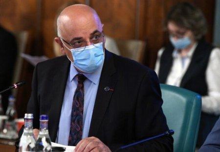 Arafat: Sustin in mod categoric impunerea vaccinarii la cadrele medicale, la <span style='background:#EDF514'>PROFESORI</span> si la alte categorii expuse