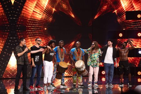 X Factor 2021, 8 octombrie. Flow Fusion: ADN, Krem si Mistah White show de zile mari. Mi<span style='background:#EDF514'>SCARI</span>le si versurile care au surprins