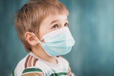 Copiii au acelasi risc de infectare cu SARS-CoV-2 ca adultii, dar sunt si diferente. Ce arata cel mai nou studiu