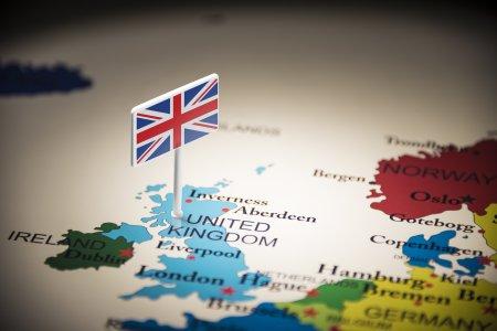 Marea Britanie cauta angajati sezonieri pentru Craciun! Cate <span style='background:#EDF514'>LOCURI DE</span> munca sunt disponibile