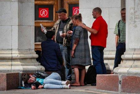 Intr-o saptamana 26 de rusi au murit dupa ce au baut alcool impropriu pentru consum