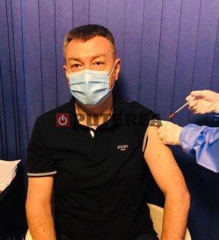 Ministrul Culturii s-a vaccinat cu a treia doza. Motivele pentru care a facut-o
