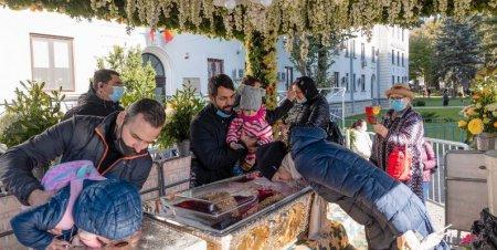 Mitropolia Moldovei si Bucovinei vrea derogare pentru pelerinii fara certificat verde