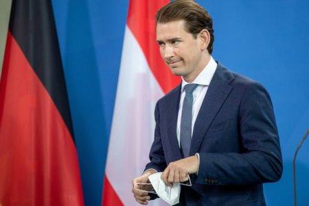 Sebastian Kurz, cancelarul Austriei, demisioneaza ca urmare a unor acuzatii de coruptie. Ministerul de finante si-ar fi folosit fondurile pentru a manipula sondajele de opinie