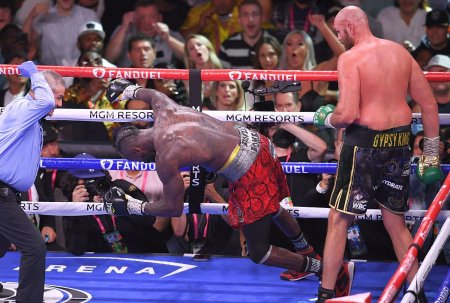 Show total in Tyson Fury - Deontay Wilder » Fury castiga prin KO dupa ce a fost trimis la podea de doua ori