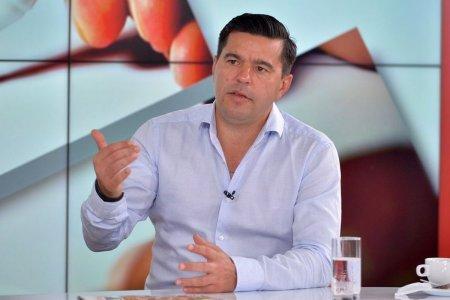 <span style='background:#EDF514'>COSMIN CONTRA</span>, interviu amplu in presa din Serbia: Romanii nu mai au mentalitatea voastra! Fotbalistul roman vrea masini si femei + Daca as juca acum, as fi printre cei mai buni din lume