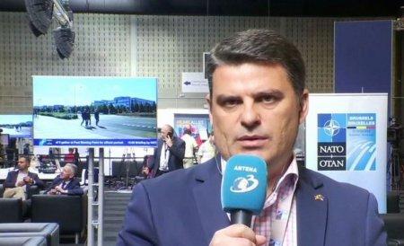 Scandal la Antena 3! Radu <span style='background:#EDF514'>TUDOR</span> o distruge pe Monica Pop: Pretuiti specialistii, nu manipulatorii