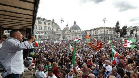 Liderii protestelor anti-vaccinare au fost <span style='background:#EDF514'>ARESTATI</span> in Italia. Proteste violente la Roma impotriva certificatului verde