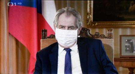 <span style='background:#EDF514'>MILOS</span> Zeman, presedintele Cehiei, a fost internat de urgenta la Terapie Intensiva